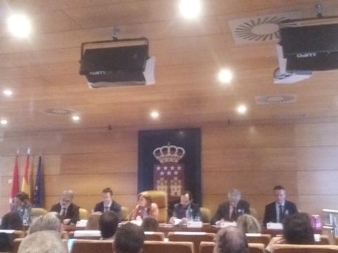 mesa presidida por presidenta asamblea